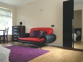 1 bedroom flat in 1 Cumberland Court