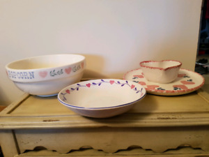 Heart decorated dishes
