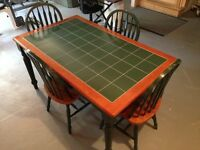 5 Piece Kitchen table made of pine with ceramic top