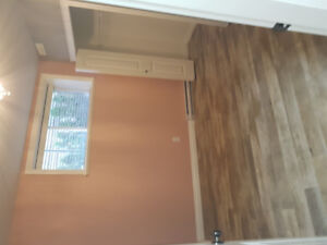 Beautiful bright 2 bedroom suite available oct 1