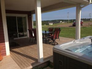 Deluxe Villa, 2 Bdrm, 2 bath, Private Hot Tub