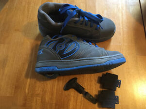 Heelys sneakers size youth 3