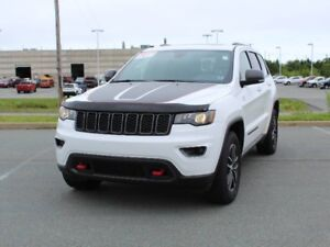 2017 JEEP GRAND CHEROKEE Trailhawk!