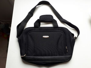"Brand new ""Travelbound"" laptop bag"