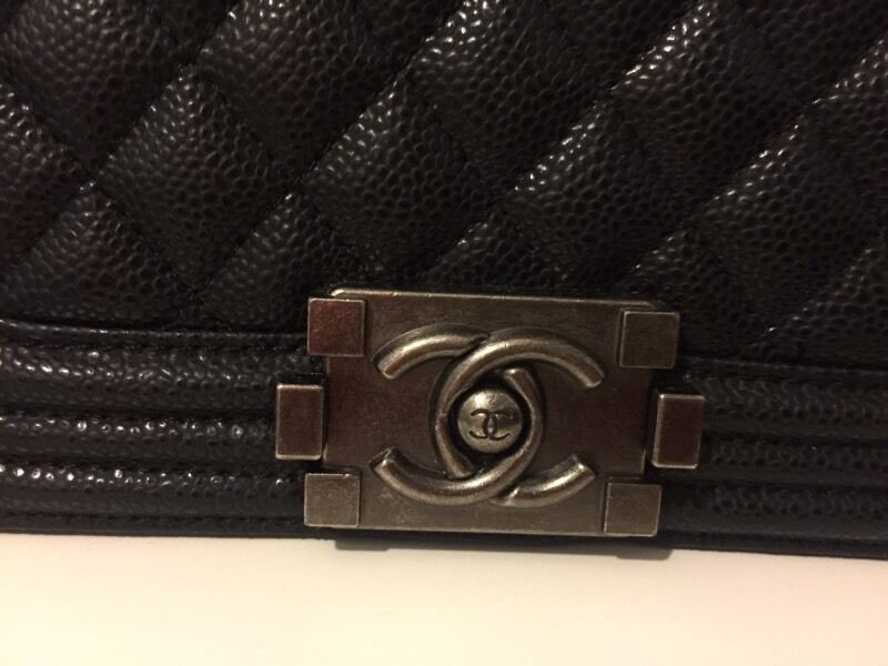 Brand New Chanel le boy quilted bag. Ignore Zara car Chanel Dior LV bah