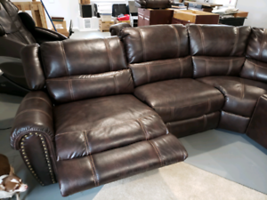 Superb Lazy Boy Sectional Buy New Used Goods Near You Find Creativecarmelina Interior Chair Design Creativecarmelinacom