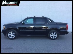 2007 CHEVROLET AVALANCHE LTZ Peterborough Peterborough Area image 1