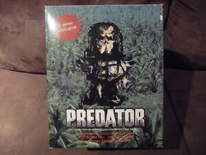 Hand Painted Predator Bust West Island Greater Montréal image 6
