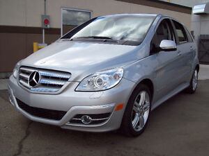 "2009 MERCEDES B200 ""TURBO""! Low KM! Beautiful Color-combo!"