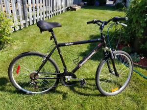 Vélo hybride pour homme 18 vitesses