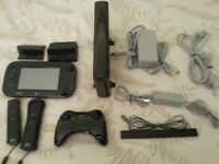 Nintendo Wii U with 7 Games & 3 Controllers ( AWESOME DEAL )