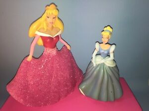 Figurines Disney - Aurore et Cendrillon