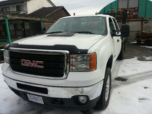 2011 GMC Sierra 3500 HD Flat Deck.
