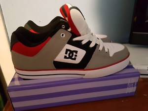 DC Sneakers NEW  size 12 mens $45
