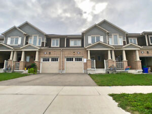NO CONDO FEES 3 YRS OLD SPACIOUS TOWNHOME