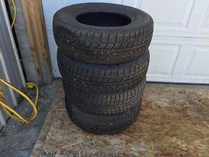 Uniroyal tiger paw winter tires 215/70p15
