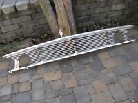 comme neuve 1964 ford galaxie front grill