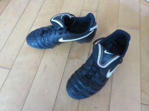 Kids Outdoor Soccer shoes for sale