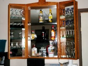 Wall Mounted Wooden Wine / Liquor Bar Cabinet