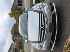 2008 Mercedes-Benz R-Class R320 SUV, Crossover