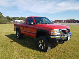 "2003 GMC Sierra 1500  6"" LIFTED Pickup Truck"