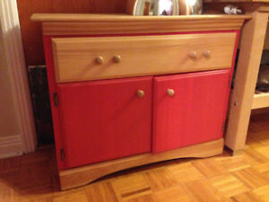 Commode en bois / Wooden cabinet