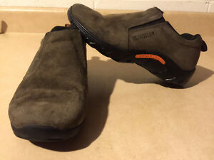 Kids Merrell Slip-On Shoes Size 5