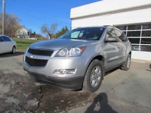 2011 Chevrolet Traverse ALL WHEEL DRIVE!! 7 SEATER!! NICE UNIT