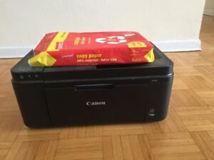 Unused Canon PIXMA MX492 Printer/Scanner/Fax, comes with packet