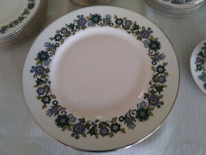 Vintage 1970's Royal Doulton China Esprit