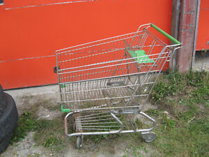 two grocery carts in good condition Gatineau Ottawa / Gatineau Area image 2