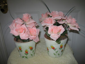 LIFE-LIKE ARTIFICIAL SALMON-PINK ROSES in EARTHEN POT