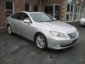 A Pleasure to Drive! Fully Loaded Lexus ES350. Trades Welcome