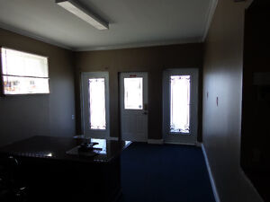 Office space with air conditioner and internet wifi Kawartha Lakes Peterborough Area image 5
