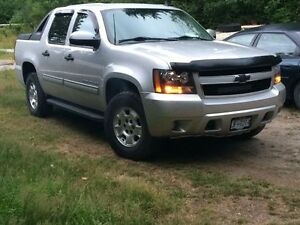 2011 Chevrolet Avalanche LS Pickup Truck