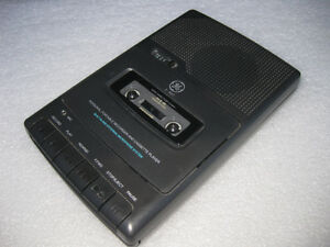 Portable cassette tape recorder GE in mint working condition