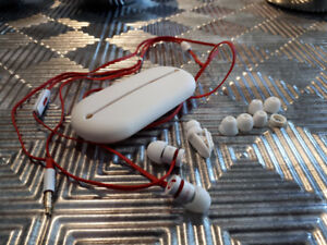 Beats by Dre urBeats In-Ear Headphones (Red and White)