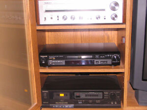 RCA Colour T.V. with Remote, Cabinet, Speakers and Components Peterborough Peterborough Area image 5