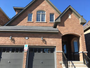 Bowmanville 4 Bedroom 3 Washroom 2500 Square Foot Entire House