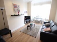 *EXCELLENT * 3 BED TERRACHED HOUSE IN UB8 FOR £1575 PCM GET DIALING BEFORE IS TO LATE