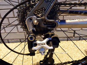 Rockymountain,MARZOCCHI,like b new,Hydraulick brake,EXCELLENT Kitchener / Waterloo Kitchener Area image 5