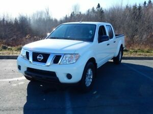 2017 Nissan FRONTIER SV JUST IN LOW KM!!!