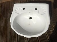 Sink Hand basin Pedestal Bathroom En suite White