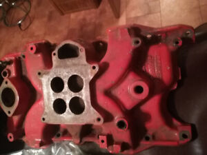 273 Mopar original 4bbl intakes Super Commando ?