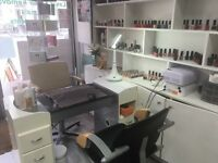 Nails table available for rent