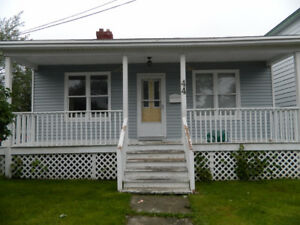2 Bedroom - Great Location (Morris Ave)