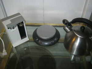 Multi-item:  Kettle, electric can opener & kitchen scale
