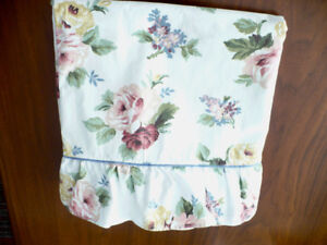 BED LINENS - QUEEN - 100% COTTON - MADE IN U.S.A.