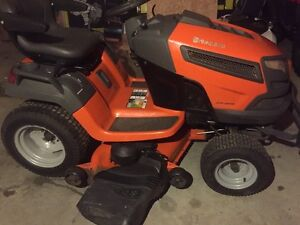 2013 Husqvarna LGTH 22v48 like new