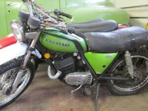 125 CC -- OIL INJECTED  2 STROKE